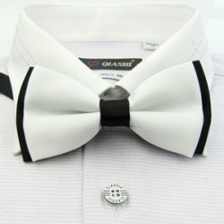 Corbata Michi - Bicapa - Blanco y Negro - Sujetador de Metal - Un Pliegue
